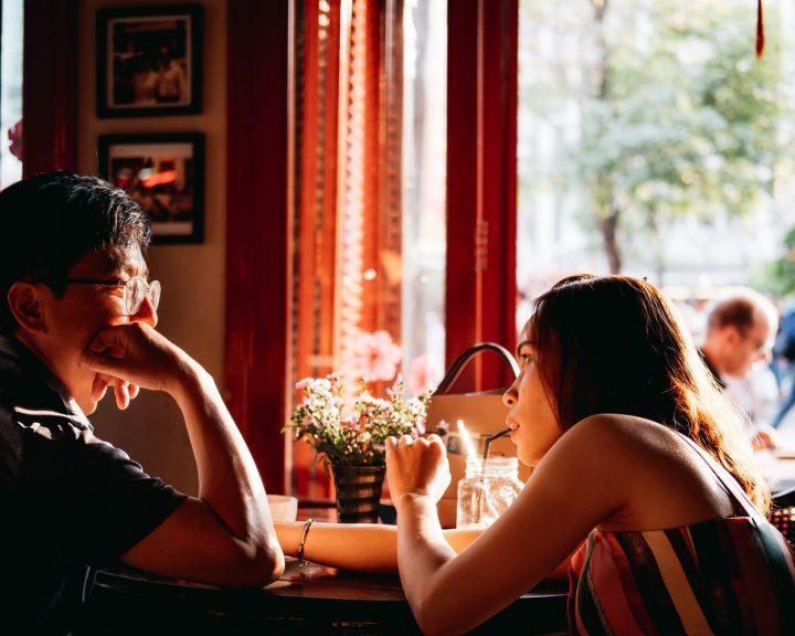 7 мелочей, которые оттолкнут мужчину с первого знакомства