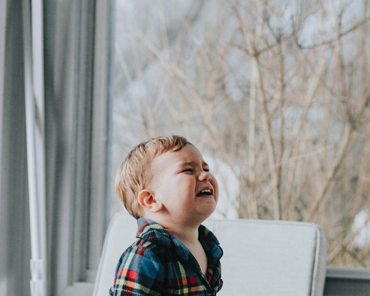 Почему плачут дети?