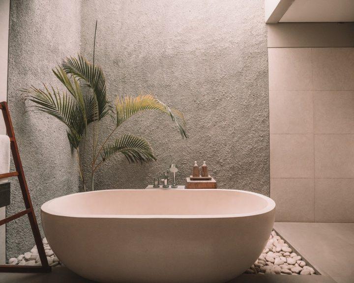 Ремонт в ванной комнате: минимум усилий